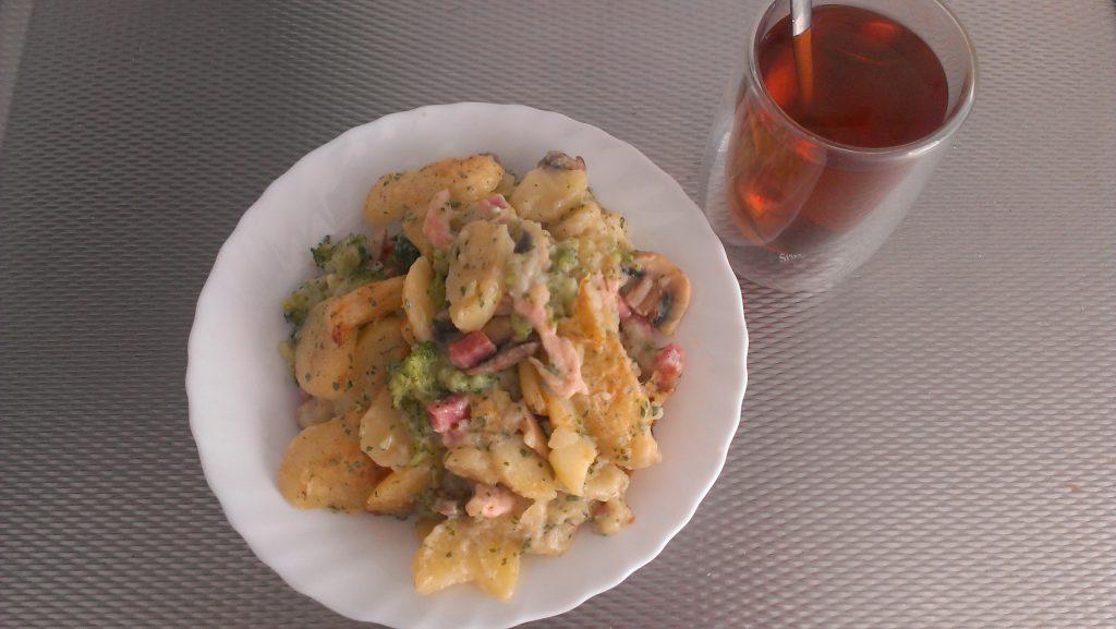 Schotel van aardappel en broccoli 6