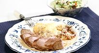 Varkenshaas met aardappel anders bacon ui en champignons