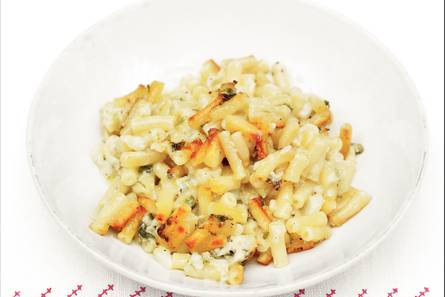 Macaroni met bloemkool en kaas uit de oven