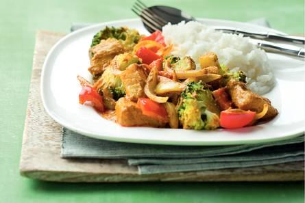 Indiase viscurry met broccoli