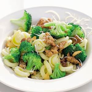 Pasta-broccoli-e-salsiccia