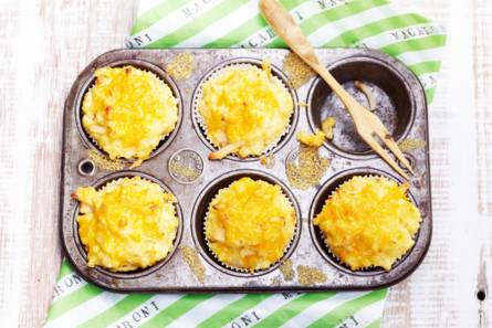 Mac 'n cheesemuffins met bloemkool & kip